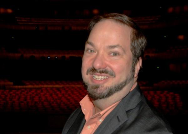 John Helmer Fiore, Operaens nettopp avgåtte musikksjef. Som det skal bli vanskelig å erstatte. Foto Henning Høholt.JPG