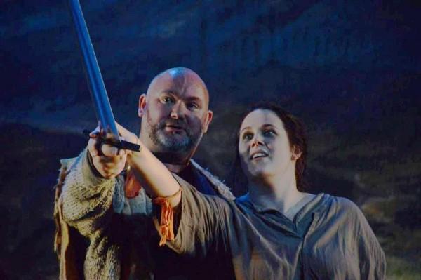 Thor Inge Falch, Nina Gravrok as Siegmund and Sieglined in Die Walküre 3.6.15. Foto