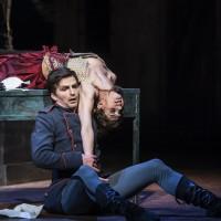 Melissa Hough og Kaloyan Boyadjiev som Carmen og Don José