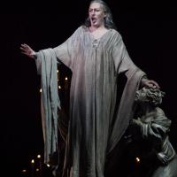 Faust. Gay in the church scene.